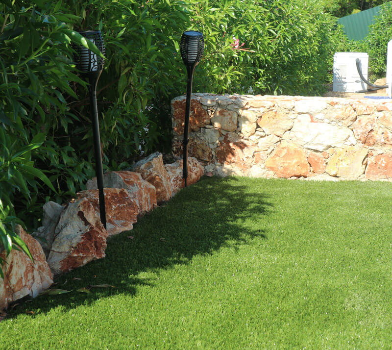 Services-Artifical-lawns-03