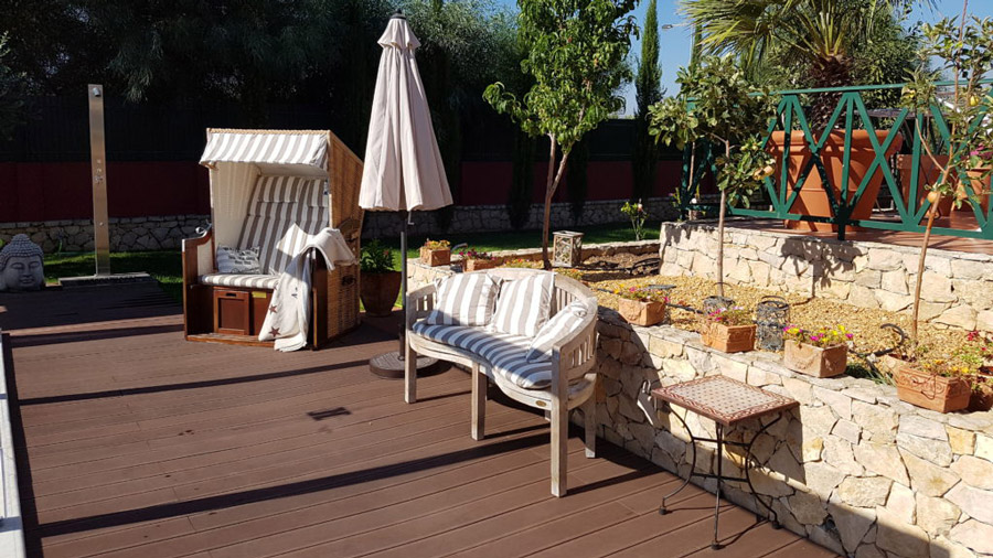 outdoor-furniture-01